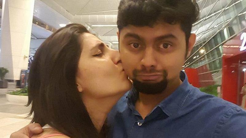 Tuż przed podróżą poślubną zgubiła paszport. Mąż musiał jechać sam