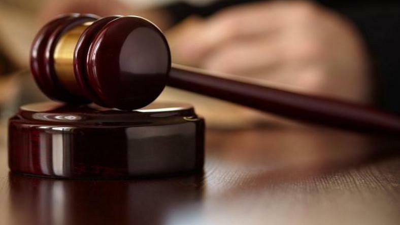 Sąd puszcza wolno skazaną w pedofilskim procesie stulecia