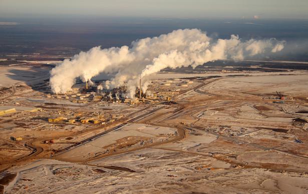 Tak wygląda teren w prowincji Alberta (Kanada) po wydobyciu piasków bitumicznych