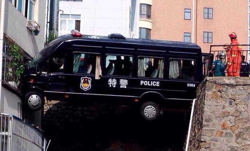 Tak jeździ Policja w Chinach