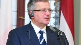 Komorowski: trzeba przyjąć to, co było powodem do dumy i do wstydu