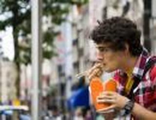 UE uzgodniła wprowadzenie zakazu plastikowych sztućców i słomek