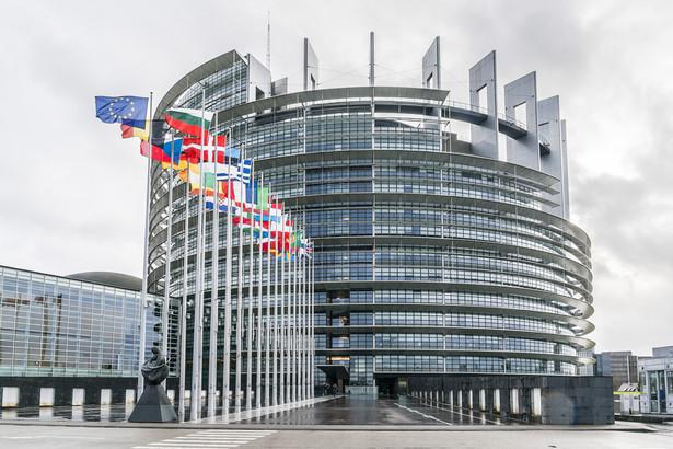 """Europosłanka Tanja Fajon z Grupy Postępowego Sojuszu Socjalistów i Demokratów w PE apelowała o konsekwencje wobec osób uciekających się do mowy nienawiści. """"Media powinny być obiektywne, ale często mieszają obrońców praw człowieka z rasistami. Czy czasem nie jest rolą mediów, aby nie pozwalać na nietolerancję w debacie publicznej"""" - pytała."""