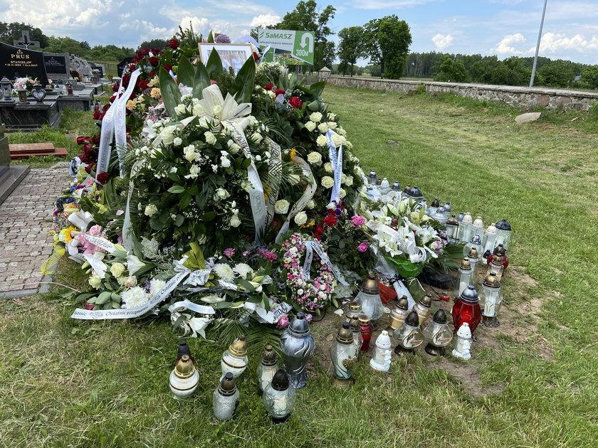 Grób zmarłych małżonków