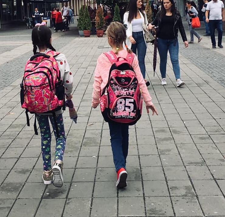 Devojčice iz Prijedora