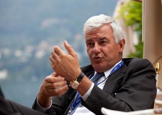 Były szef banku Unicredit oskarżony o oszustwa podatkowe