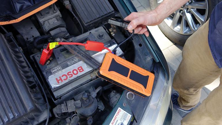 Powerbank na kłopoty z zimowym rozruchem auta