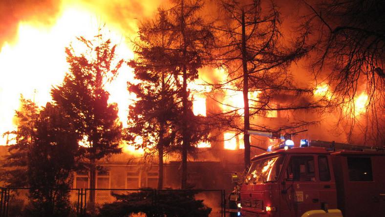 Jedynym ratunkiem przed pożarem był skok z okna
