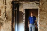 Loznica02 posle udara groma u kucu perici u novoj nevolji ostalo jos puno posla u spaljenoj kuci