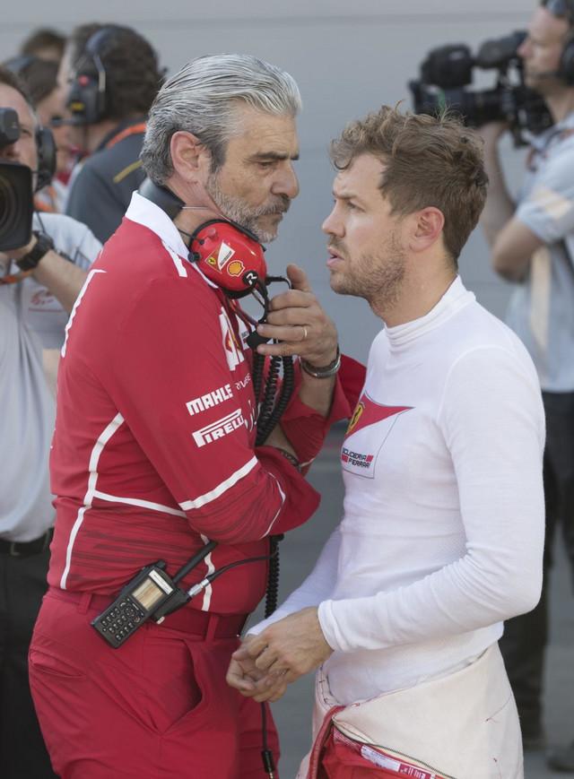 Šef Ferarijevog F1 tima Mauricio Arivabene i Sebastijan Fetel