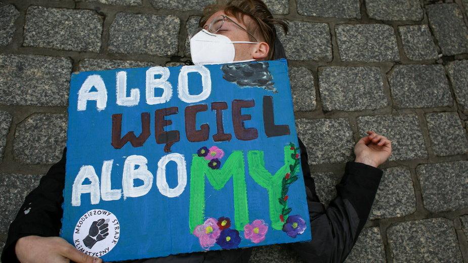 Happening Strajku Klimatycznego w Krakowie