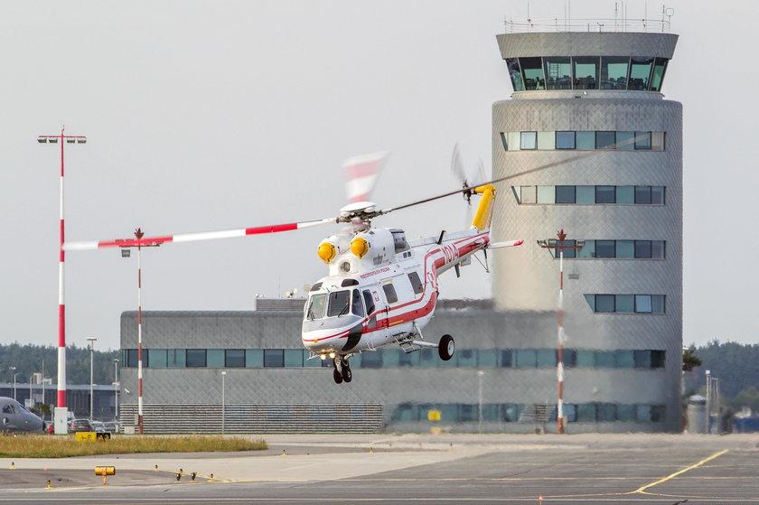 Kolejny lot Kuchcińskiego! Woził syna helikopterem