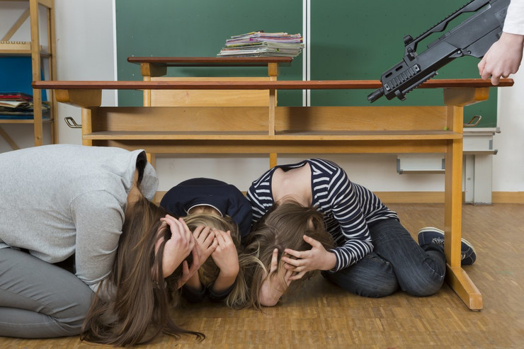 oružje u školama