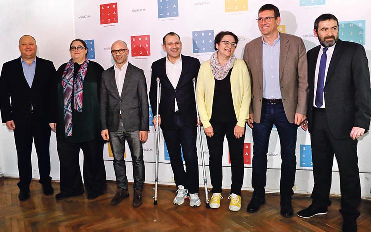"""Stručnjaci smatraju da bi prelazak cenzusa od tri odsto bio veliki uspeh za """"Srbiju 21"""""""