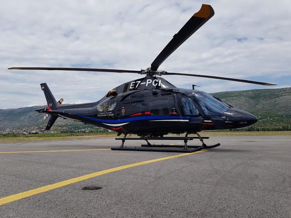 Prebacivanje Kuzmića u Beograd Helikopterskim servisom Republike Srpske