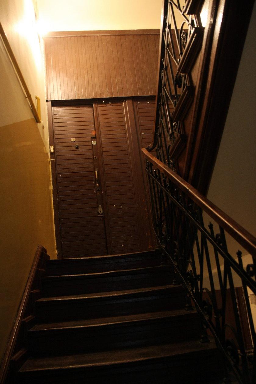 Mroczny korytarz