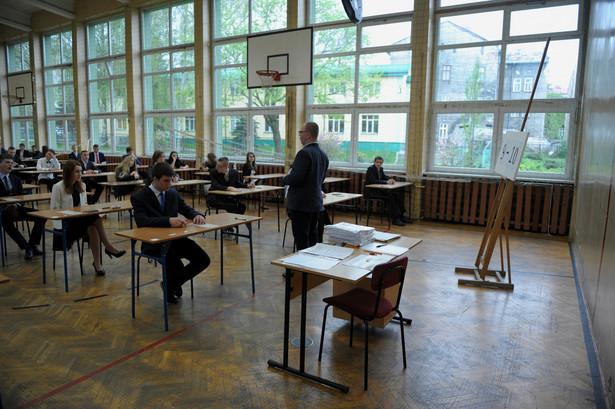 Uczniowie klas trzecich przystąpili do egzaminu gimnazjalnego.