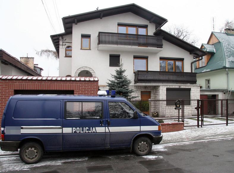 Z sondażu wynika: Polacy chcą strzelać w obronie własnej i swojej rodziny