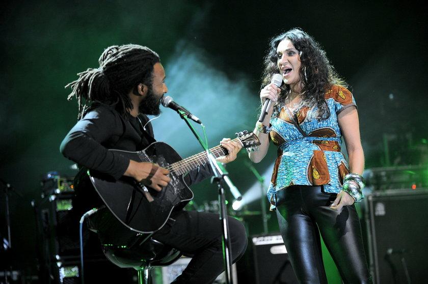 Kayah i Pako Sarr na scenie