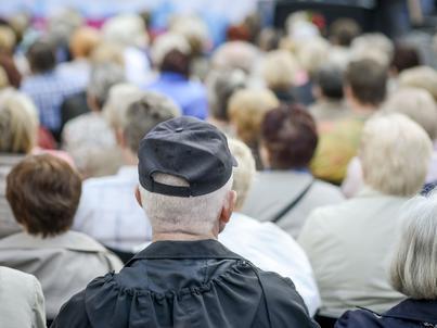 Politycy i związkowcy zapowiadają rezygnację z podnoszenia wieku emerytalnego