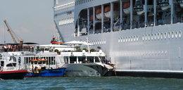 Wycieczkowiec w Wenecji uderzył w statek z turystami. Są ranni