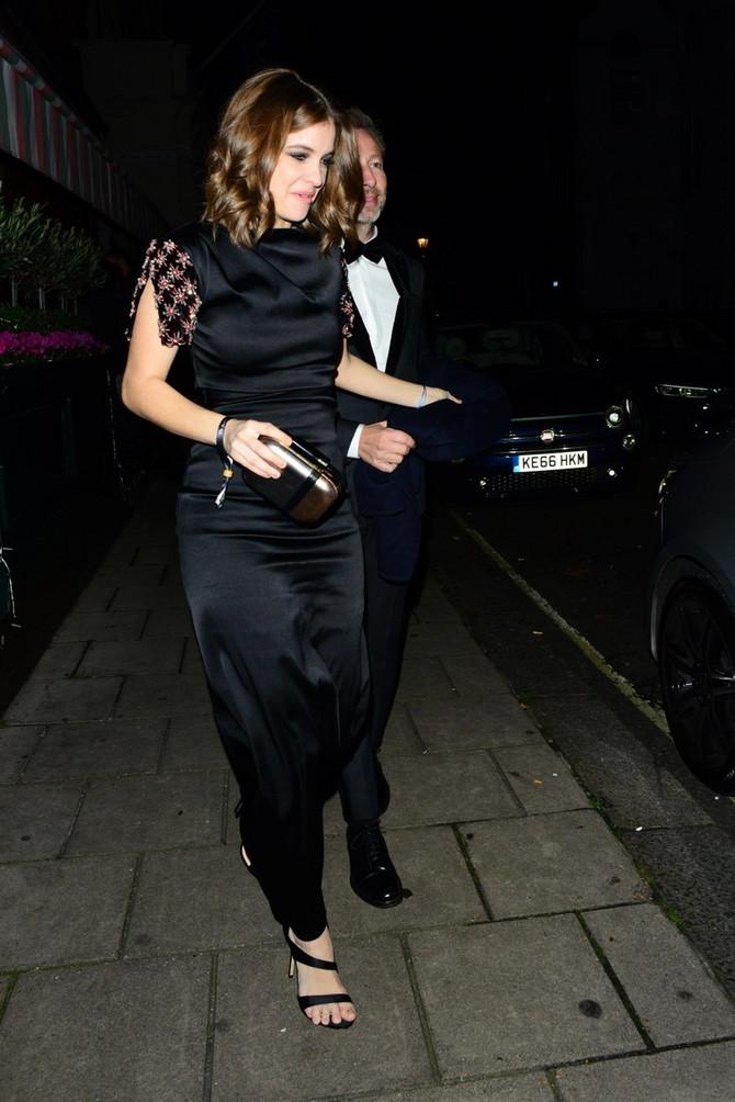 Barbara na zabavi u Londonu