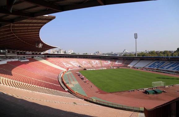 Stadion FK Crvena zvezda se nalazi na jednom od stikera