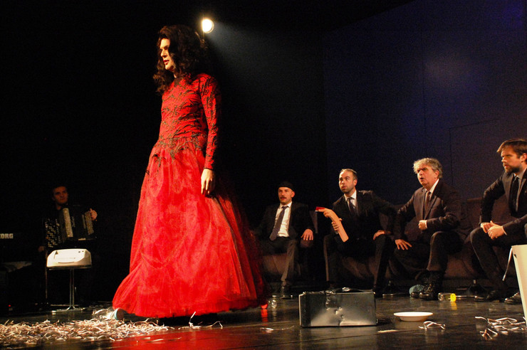 Sumnjivo lice 5 narodno pozorište dani zorana radmilovića