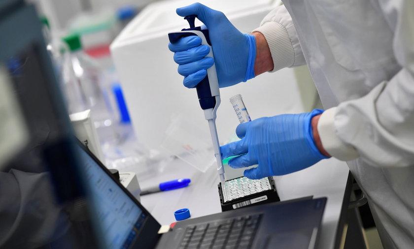 Koronawirus w Polsce. Liczba zakażeń i zgonów 23 lipca 2021