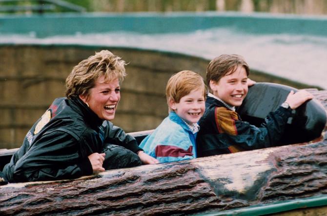 Dajana sa sinovima