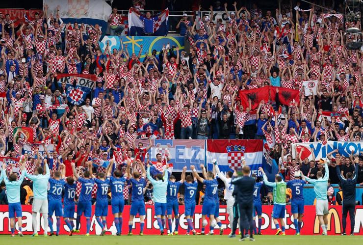 Navijači Hrvatske, Fudbalska reprezentacija Hrvatske