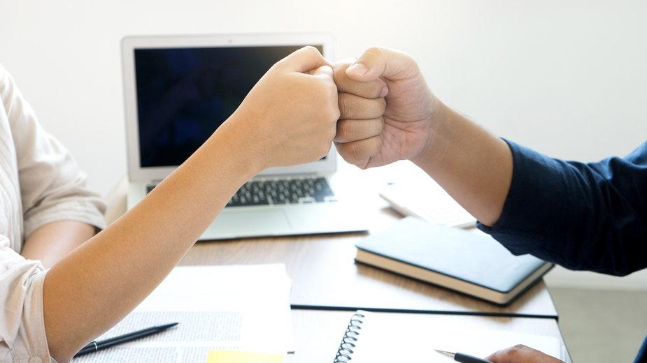 Jakie cechy trzeba mieć, by odnieść sukces w pracy?