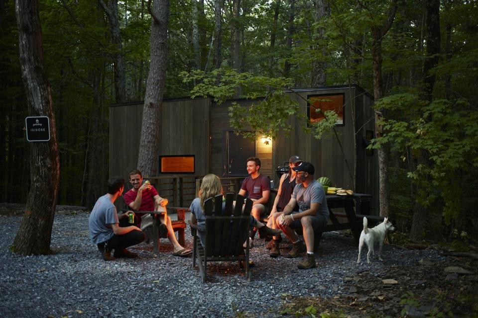Isidore zaprojektowano z myślą o wakacjach grupowych i rodzinnych.
