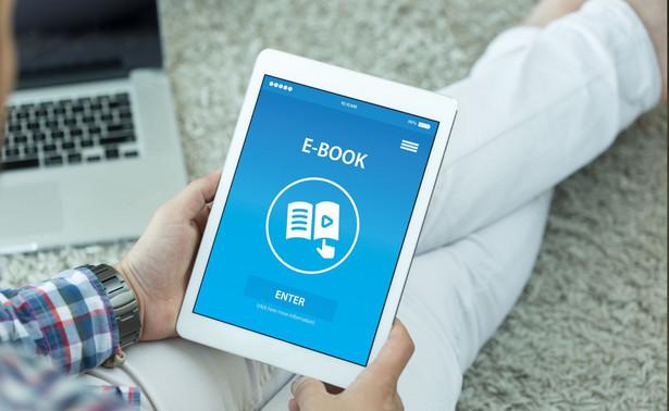 Wolne Lektury to platforma udostępniająca ponad 5,5 tys. tytułów, z której rocznie korzysta ok. 6 mln czytelników