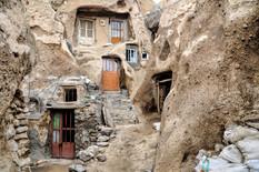 Ovakvo selo NE POSTOJI NIGDE NA PLANETI osim u ovoj zemlji i tamo se život ne menja već 800 GODINA (FOTO)