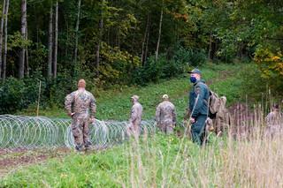 'Na granicy nikogo już nie ma'. Łotwa wypchnęła migrantów na Białoruś i po problemie