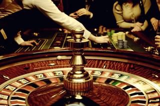 Rozporządzenie zakazujące pracy kasyn czeka na podpis premiera