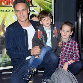 Jan Wieczorkowski pokazał synów na premierze filmu. Ależ podobni!