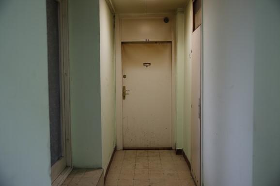 Vrata kroz koja su ušli vatrogasci