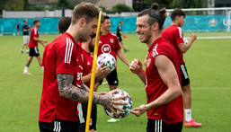 Joe Rodon and Gareth Bale trained with the rest of the Wales team in Rome on Thursday before flying to Amsterdam Creator: Tiziana FABI
