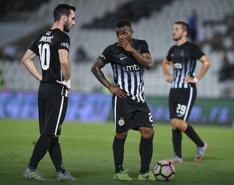 Fudbaleri Partizana bili su nemoćni protiv Voždovca