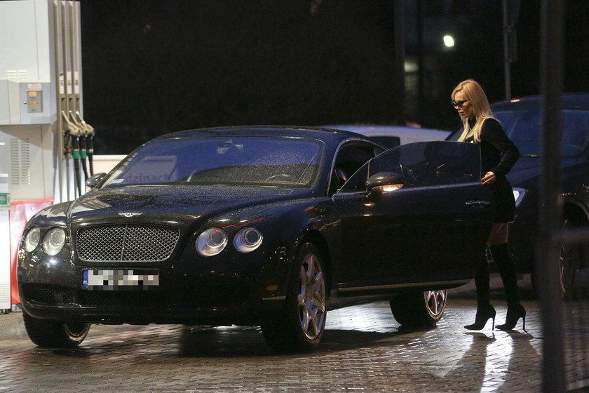 Samochód Dody. Bentley Continental GT
