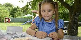 Ma zaledwie 5 lat i wielkie serce! Martusia sprzedaje robione przez siebie bransoletki, by pomóc dzieciom