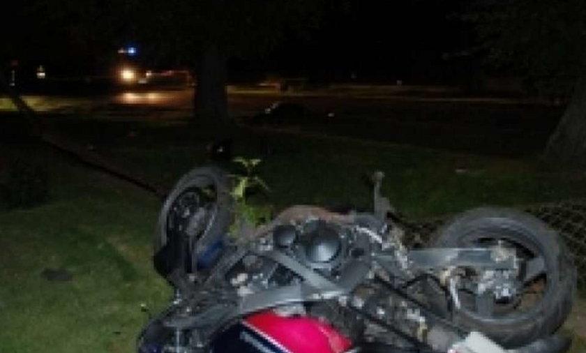 Zmarł pasażer motocykla. Wypadek spowodował...