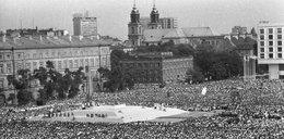 Numizmat z wizerunkiem Jana Pawła II tylko w Fakcie