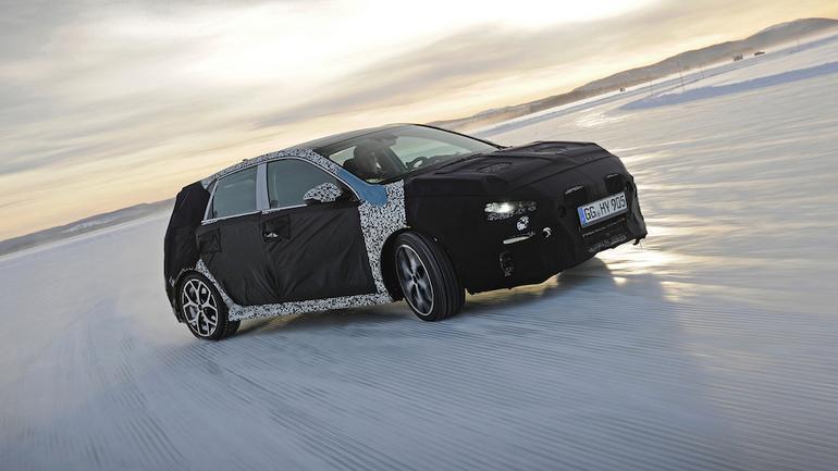 Hyundai i30 N podczas testów w Szwecji