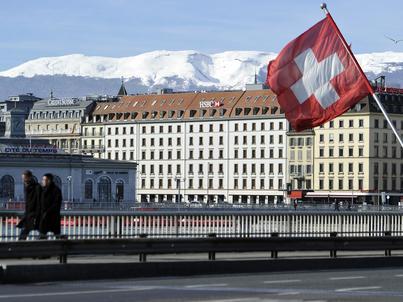 """Szwajcarzy powiedzieli """"nie"""" reformie podatkowej. Holdingi utrzymają przywileje"""