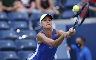 Magda Linette awansowała do drugiej rundy turnieju w Chicago