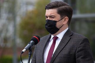 Andrusiewicz: Szczyt czwartej fali będzie na przełomie listopada i grudnia