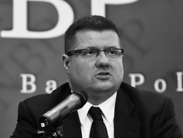 Na pokładzie prezydenckiego samolotu był również Sławomir Skrzypek, prezes Narodowego Banku Polskiego - potwierdziły źródła rządowe.